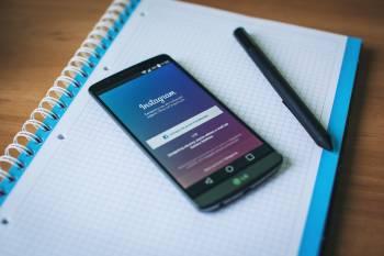 social media - addict